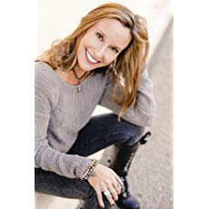 Renee Linnell author image